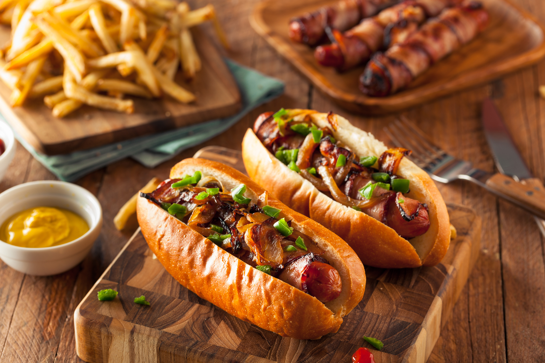 7 Ways to Top a Summer Hot Dog